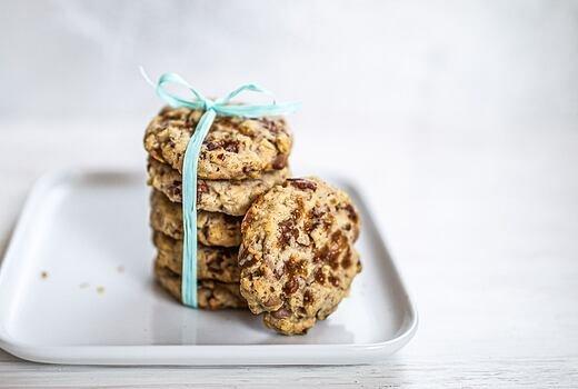 Pekanové sušienky s čokoládou a karamelom