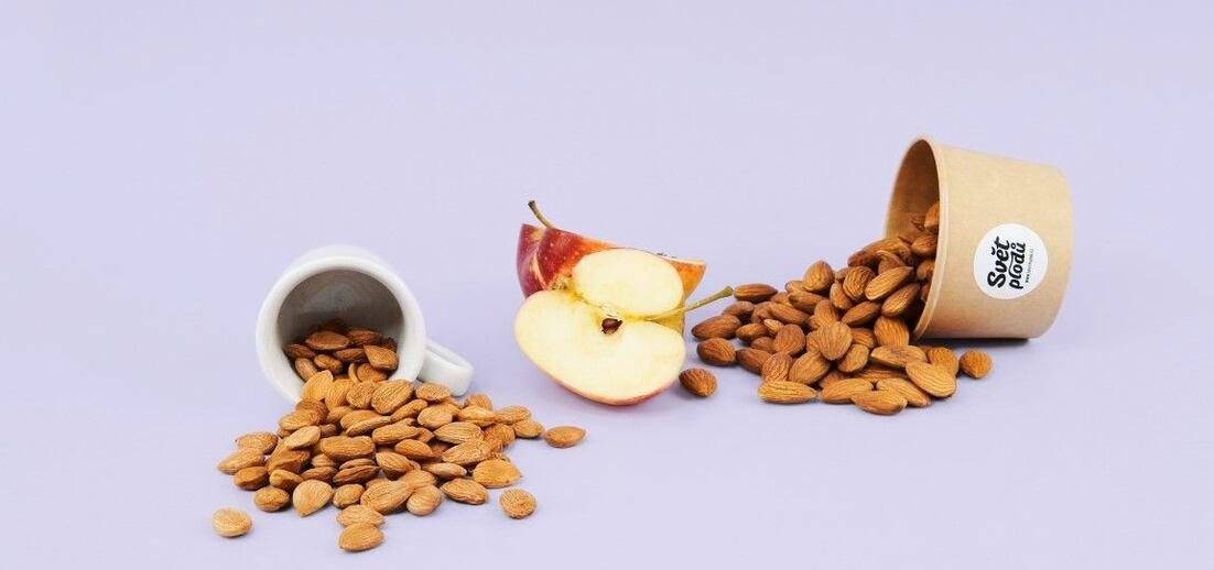 Amygdalin: Co je údajný vitamín B17?