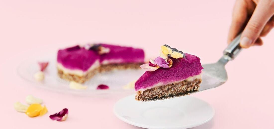 Nepečený kešu dort