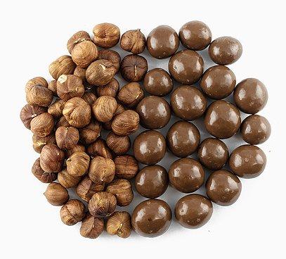 Lieskové orechy v 31% mliečnej čokoláde