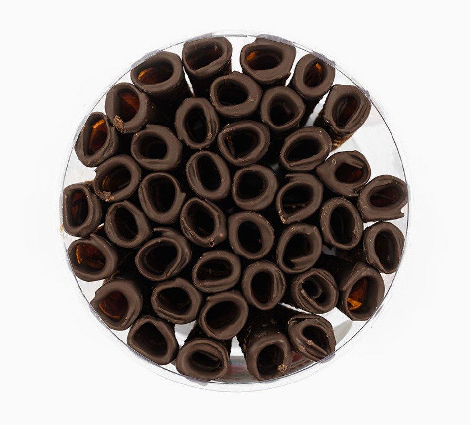 Jablečné trubičky s čokoládovou polevou dóza